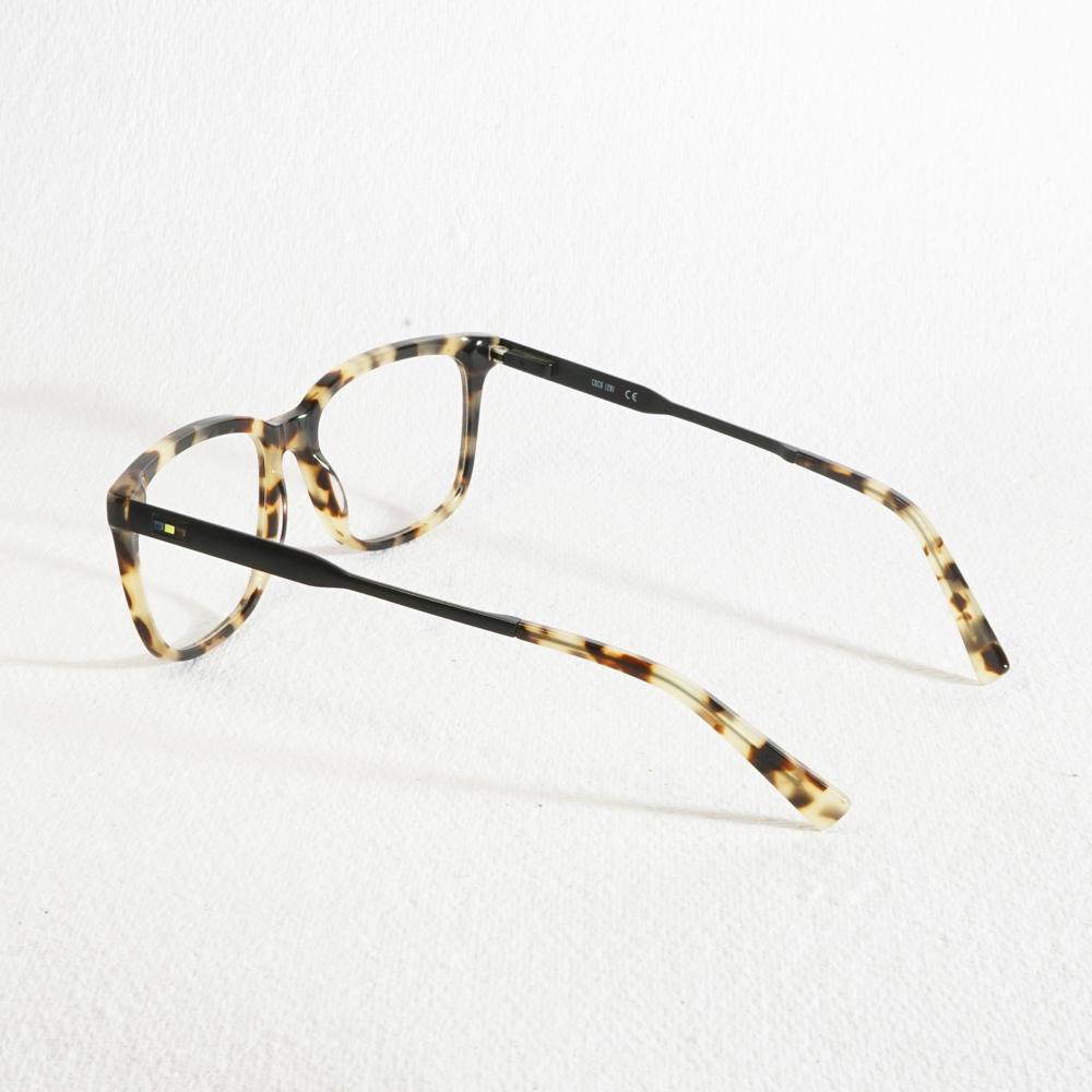 Hagen Black Tortoise Shell Brown